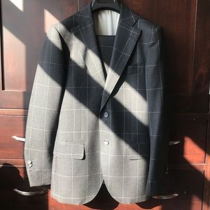 Suitsupply wool suit